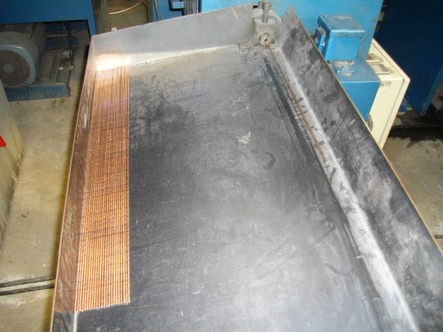 wire straightening machine run out table